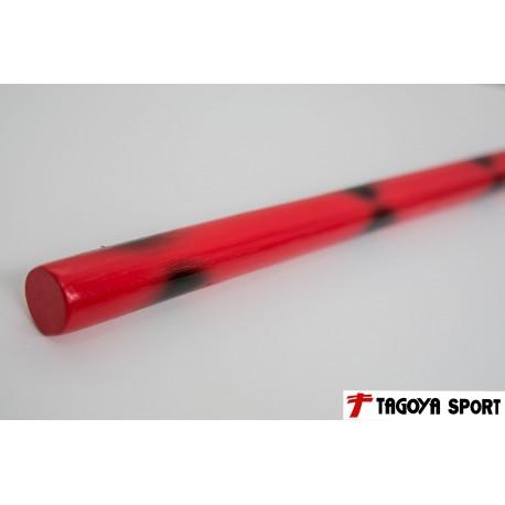 Baston de rattan rojo con manchas negras.