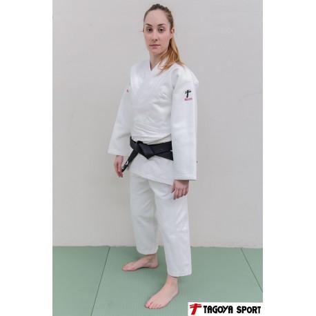 Judogi Lady Master blanco con corte de mujer (corte entallado)
